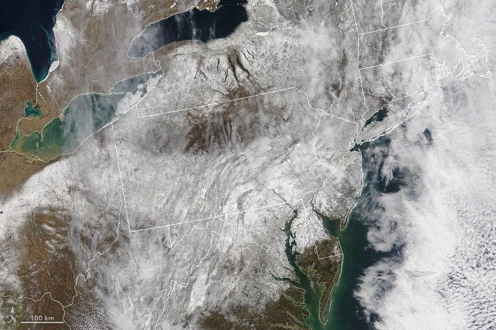 A Blanket of Springtime Snow https://t.co/AHzAiuVi7l #NASA