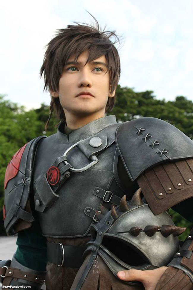 Sexy Fandom: Hiccup How To Train Your Dragon Cosplay...