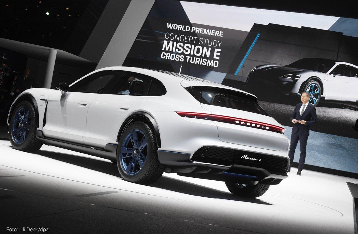 #Porsche belasten hohe Investitionen in die #Elektromobilität. #Tesla #MissionE https://t.co/n3KeWyFQOS