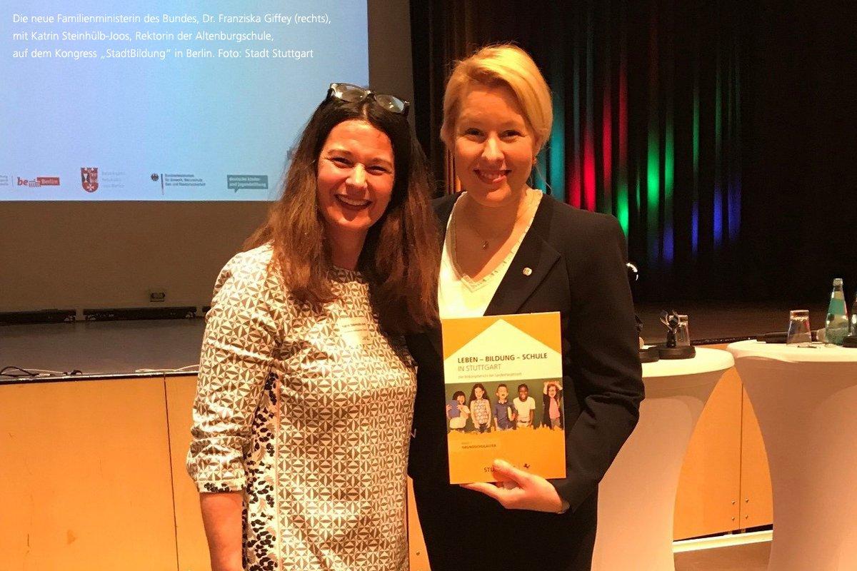 Bildungsbericht Findet Bundesweite Aufmerksamkeit: Die Neue  Familienministerin Des Bundes, Dr. Franziska #Giffey, Hat Den Ersten  #Bildungsbericht Der ...