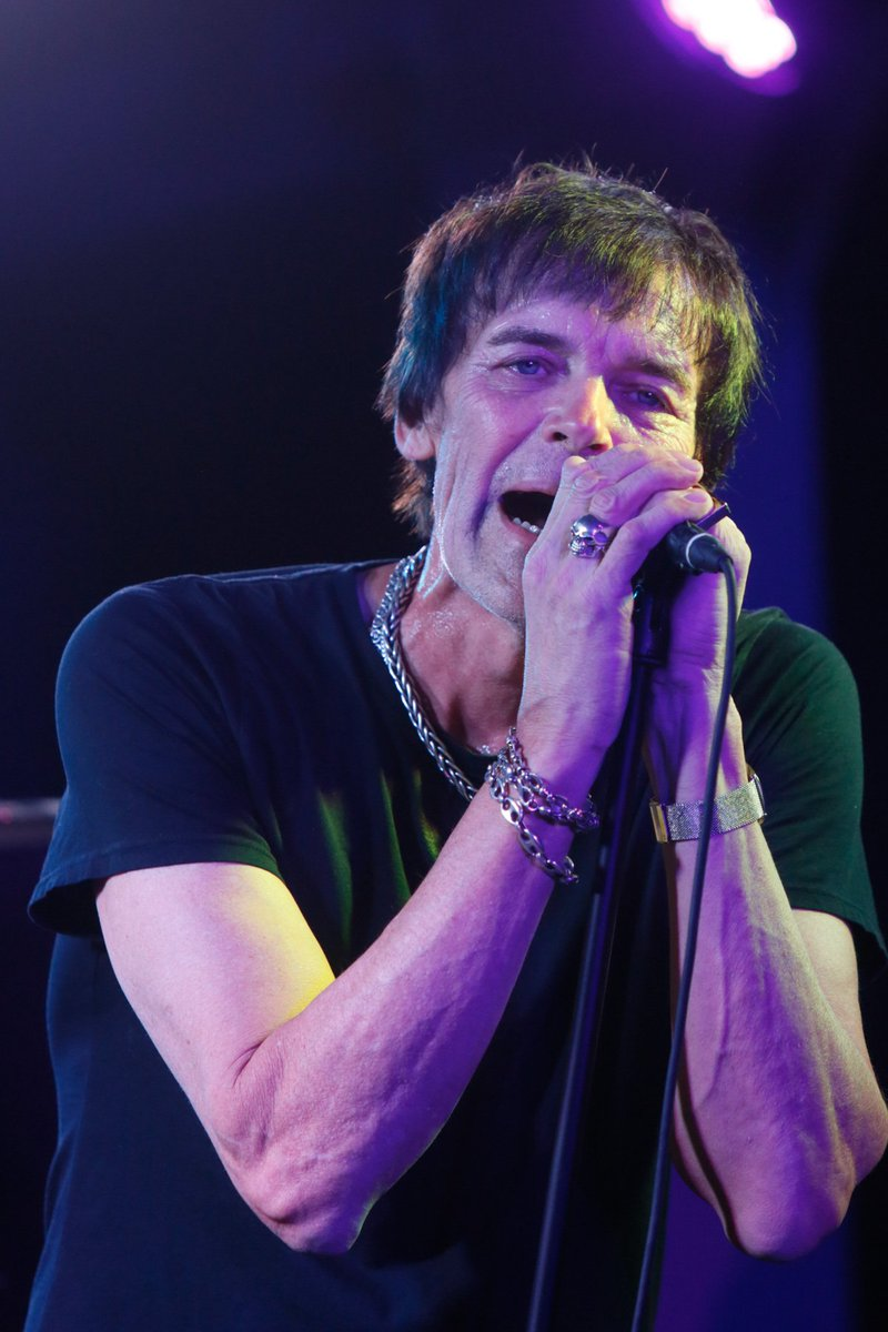 ICYMI: REVIEW with VIDEO and see PHOTO GALLERY: @TheRichieRamone shows at Eastons @OneCentreSquare what mature @RamonesOfficial could have been: bit.ly/2tPLmDT