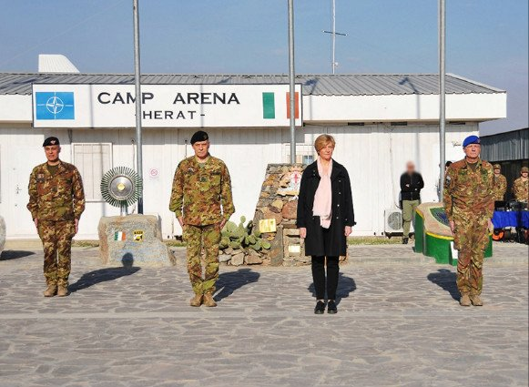 🇮🇹 MoD @robertapinotti praised Italian servicemen & women serving in 🇦🇫 #Afghanistan: @ResoluteSupport is an important mission for international security, for stability of Afghanistan and for the honour of #Italy goo.gl/bBS9u9 #ForAFG