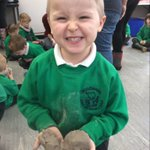 More of Willow class having a superb time creating dinosaurs @hartsholmepark and creating them out of clay.