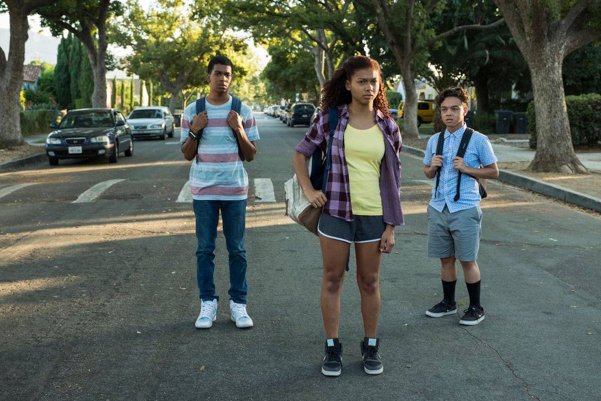 REVIEW (spoiler-free): @Netflix's timely coming-of-age dramedy, @OnMyBlockTv, consisting of young black and Latinx actors, has a lot of heart buff.ly/2DyGQJy