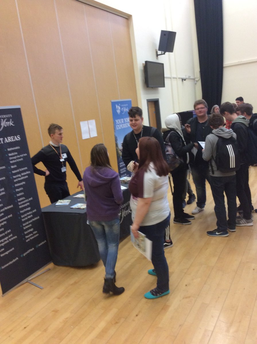 Year 12 had a great informative afternoon at the careers fair held at @SmeatonAcademy by the amazing team from @aspireigen. Thanks to @uniOfYork @leedsbeckett #futurejobs #careerstrategy #careers