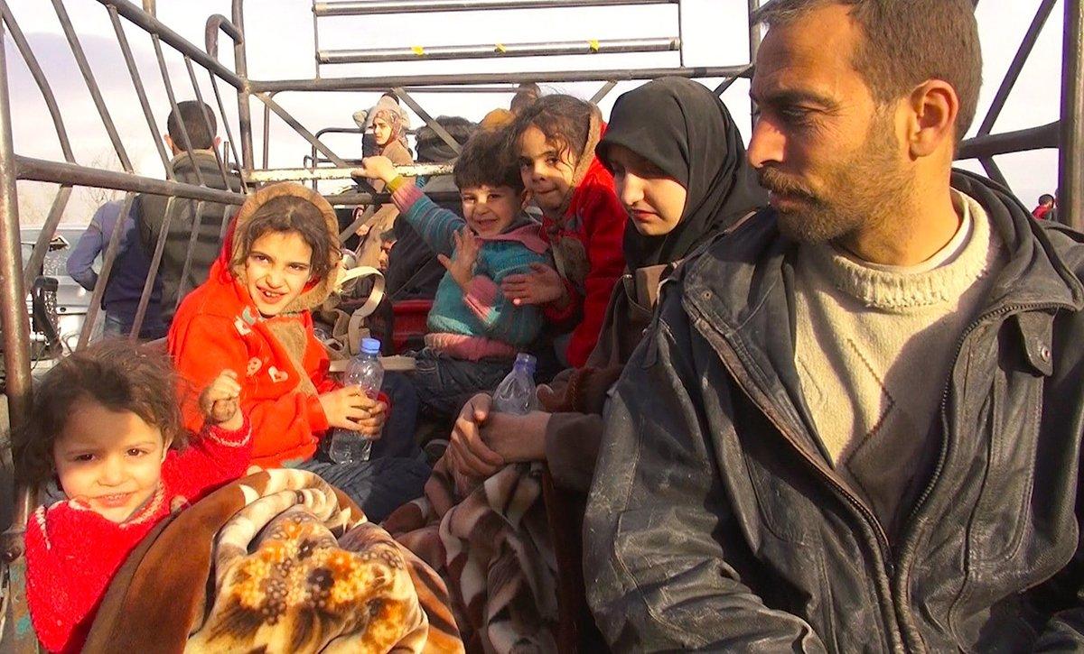 I civili in fuga da #Ghouta: 'Così vivev...