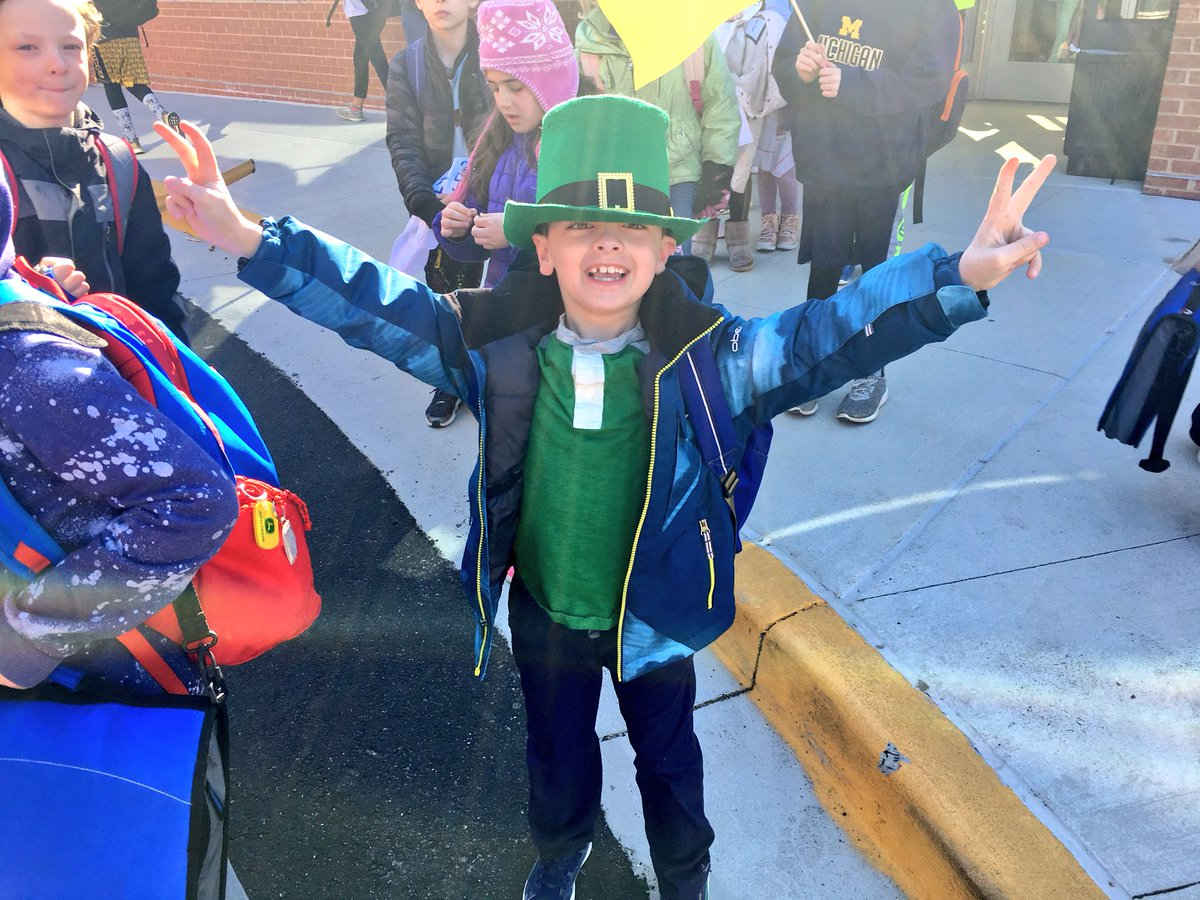 May the luck of the Irish ☘️ <a target='_blank' href='http://twitter.com/APSMcKCardinals'>@APSMcKCardinals</a> be with you! Lol 😂 <a target='_blank' href='https://t.co/2UlAVEbfyR'>https://t.co/2UlAVEbfyR</a>