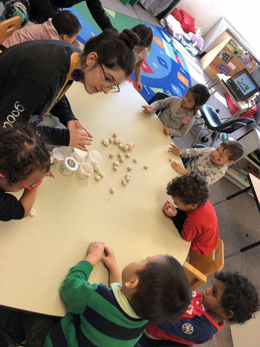 RT <a target='_blank' href='http://twitter.com/prek104hfb'>@prek104hfb</a>: We also had art with Ms. P. We practiced making balls and counted how many we made. <a target='_blank' href='http://search.twitter.com/search?q=HFBtweets'><a target='_blank' href='https://twitter.com/hashtag/HFBtweets?src=hash'>#HFBtweets</a></a> <a target='_blank' href='https://t.co/Dkf1hYCMrs'>https://t.co/Dkf1hYCMrs</a>