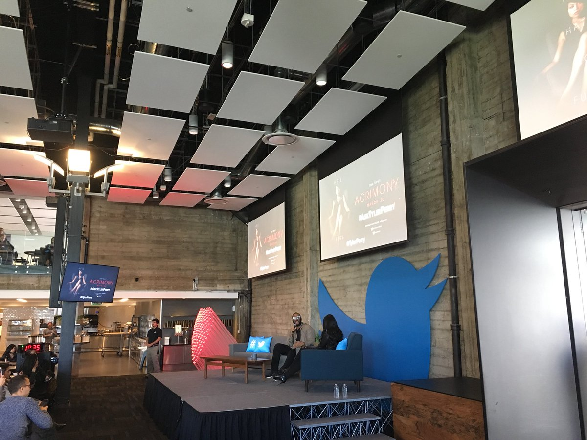 @lizkelley re: One of my favorite people @tylerperry at @Twitter today   Day. Made. #asktylerperry  > Congrats on #AcrimonyMovie, Tyler!