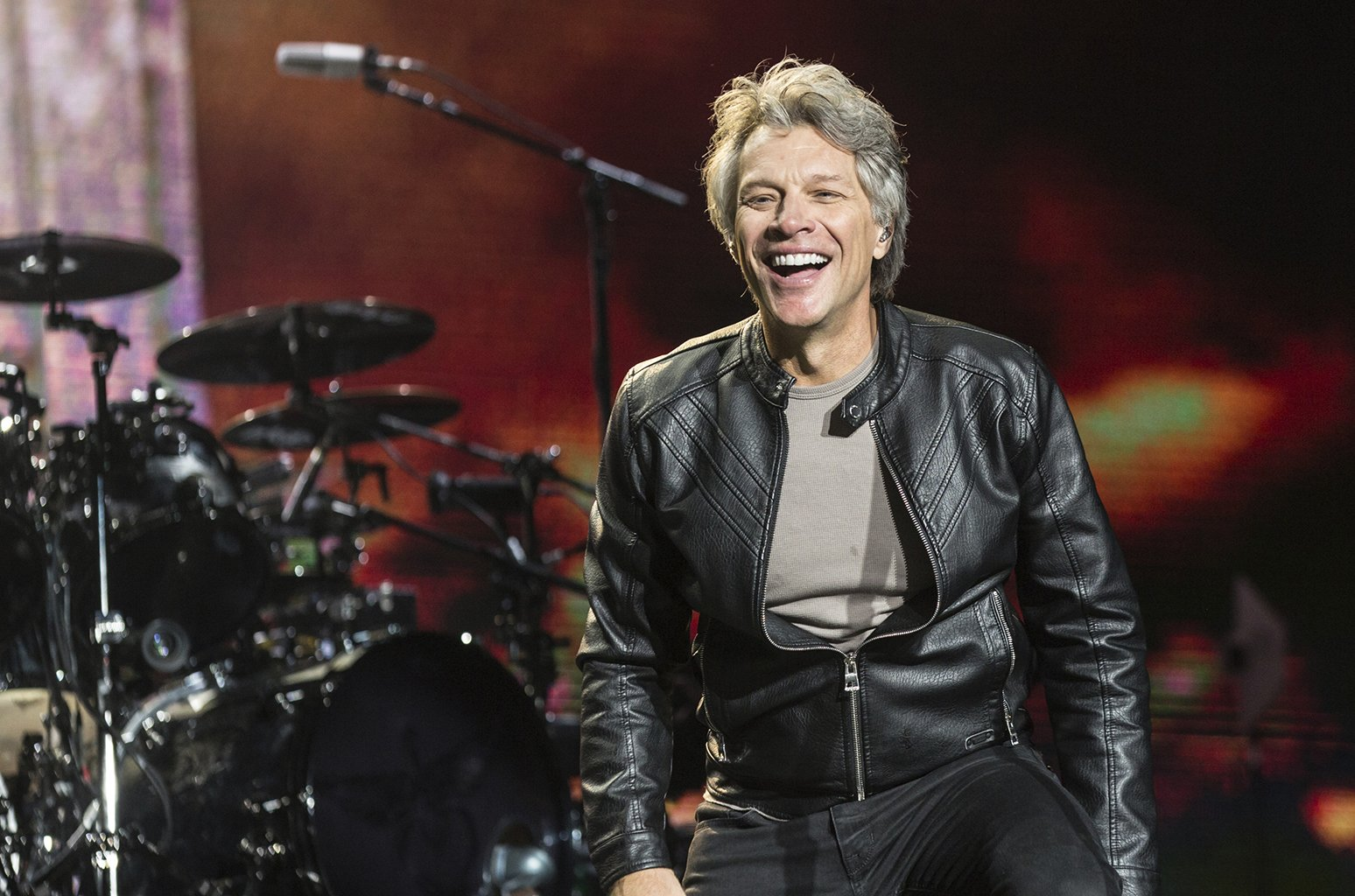 Bon Jovi's new single 'When We Were Us' blasts onto the Adult Contemporary chart https://t.co/mdXJcQeyQt https://t.co/gzX0dm9HVH