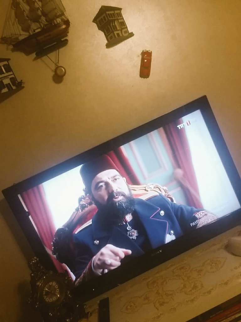 #PayitahtAbdülhamid 👊👊👊 https://t.co/vyW...