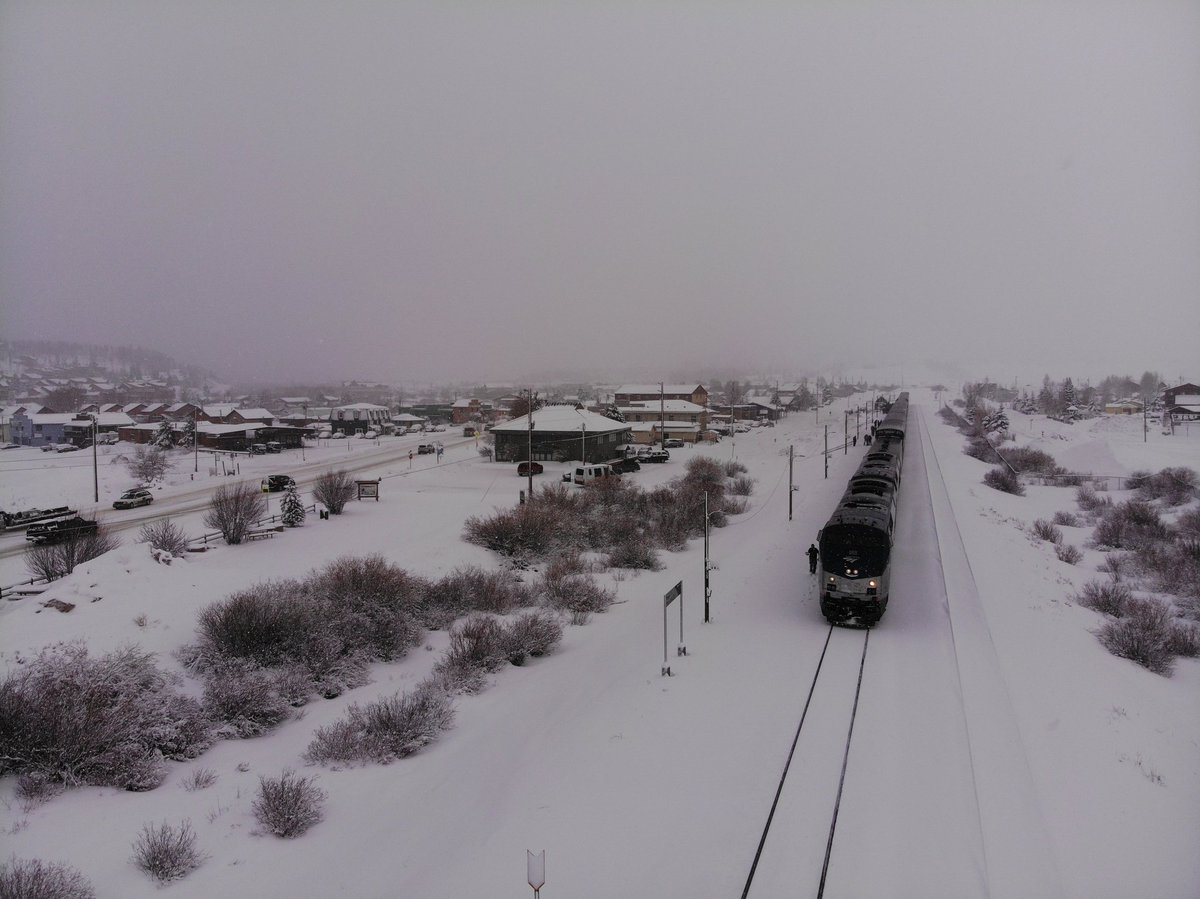 Just wanted to post a picture of the California Zephyr train with @IndieTrainJam aboard, creativity barrelling across the US rails courtesy of two of the 321 45°V16,four stroke cycleP42 locomotive engines in service by Amtrak, one for traction and one as generator.