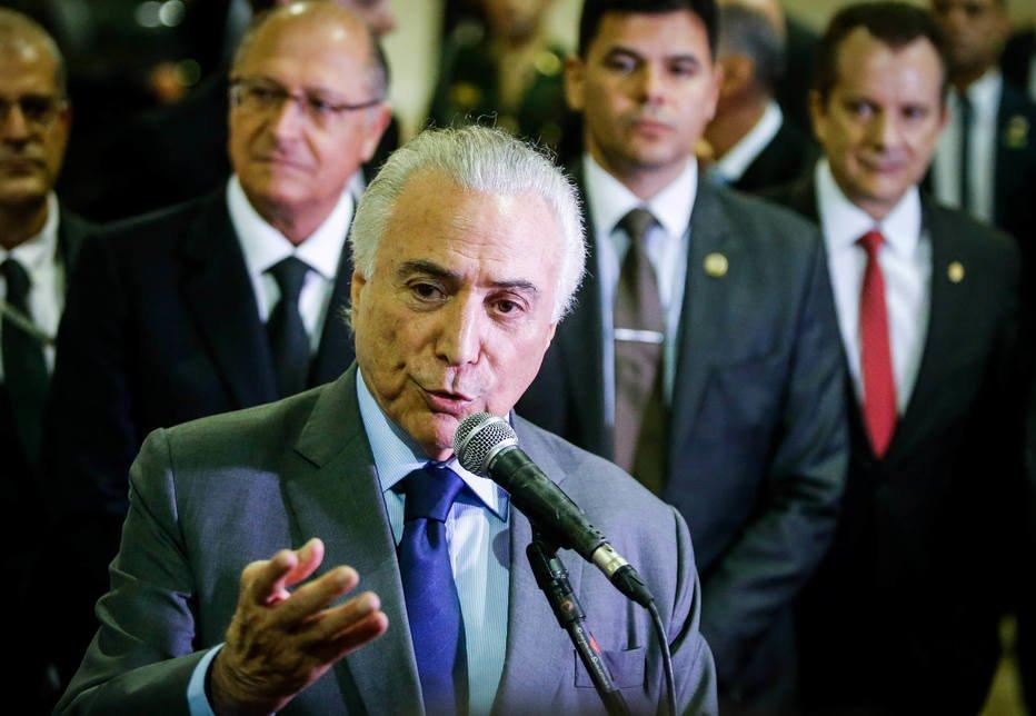 >@EstadaoPolitica Temer vê brasileiro pessimista e fala em restabelecer otimismo https://t.co/8Ge5DKQXqq