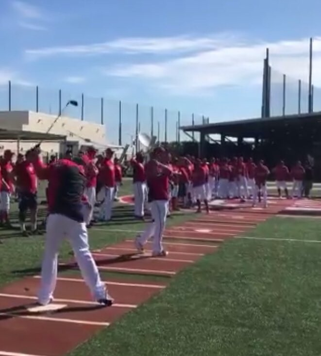 having so much fun at baseball camp! today we worked on pitching ⛳️����‍♂️ https://t.co/gCvjAicjfw