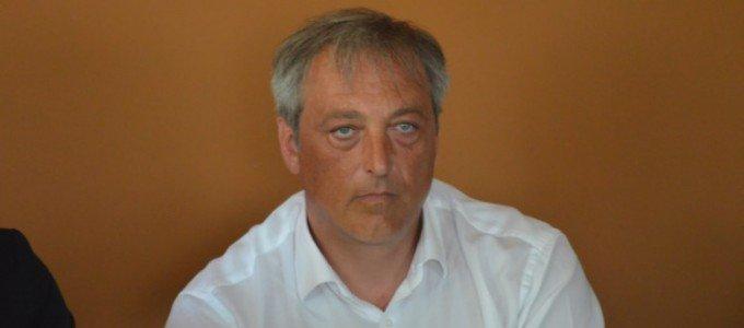 #Abruzzo #PartitoDemocratico#Francavilla, il sindaco si autosospende: tutti i poteri al vicehttp://tinyurl.com/ybrhcxjy  - Ukustom