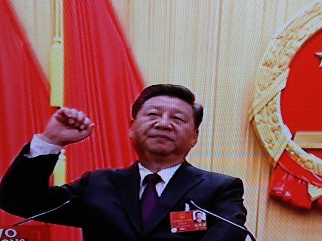 Xi rieletto presidente in Cina  con il 100 per cento dei voti https://t.co/QsdSG5pc5t