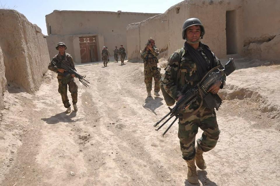 در نتیجه عملیات تصفیوی اردوی ملی در ولسـوالی  های ده بالا و پچیراگام  ولایت ننگرهار 6 تن داعشی به شمول یک زن داعشی کشته و یک تن دستگیرگردیده اند .
