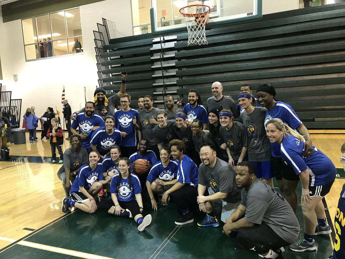 Tonight we had evening of basketball with Glebe and Long Branch staff playing for fun and to celebrate with their communities! Thank you <a target='_blank' href='http://twitter.com/longbranch_es'>@longbranch_es</a>  - we had a blast! <a target='_blank' href='http://twitter.com/glebepta'>@glebepta</a> <a target='_blank' href='http://twitter.com/APSVirginia'>@APSVirginia</a> <a target='_blank' href='https://t.co/C9dqkXHJk0'>https://t.co/C9dqkXHJk0</a>