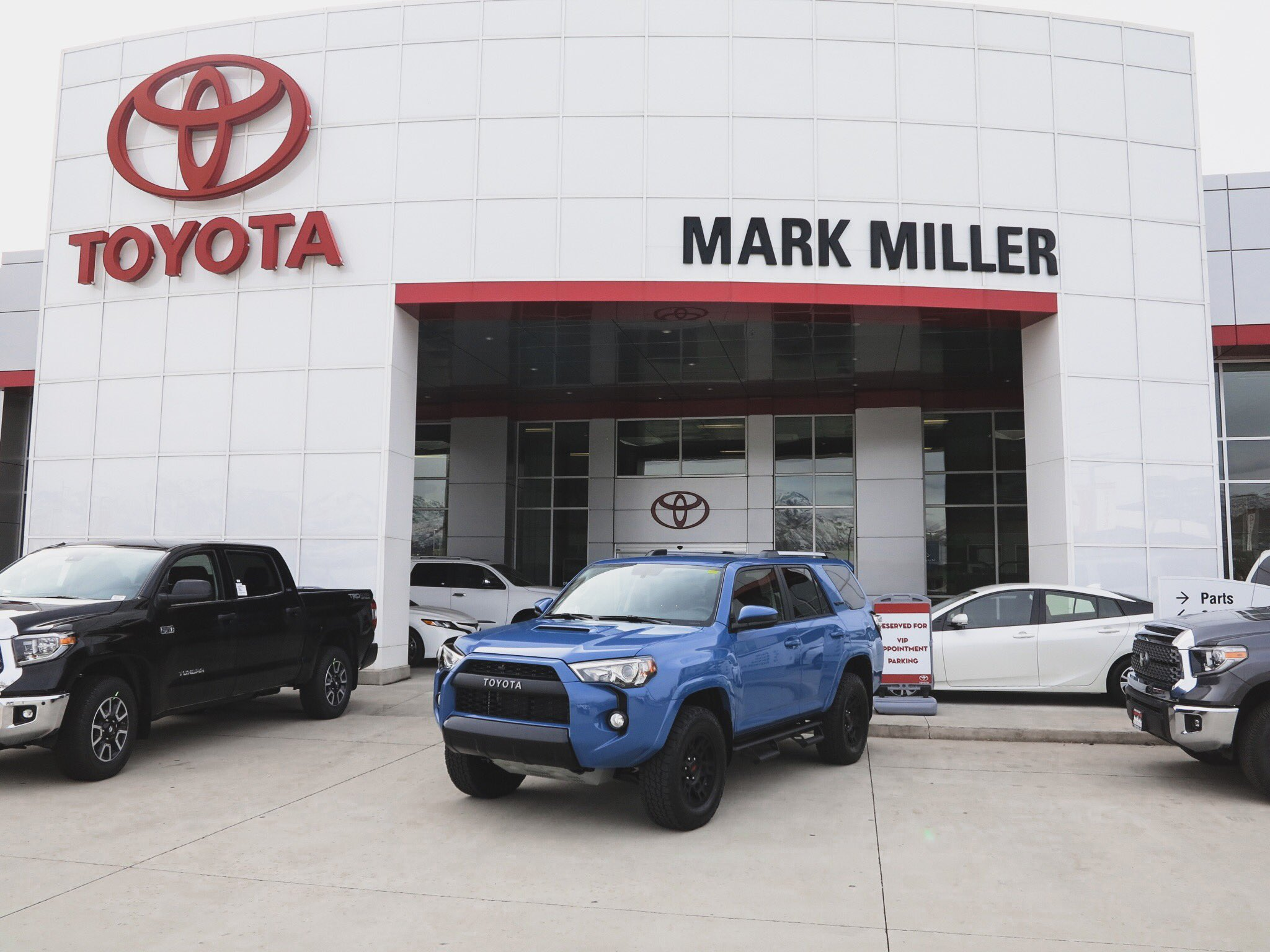 "Mark Miller Toyota on Twitter ""Stand out ◼ 🔷◠cavalryblue"