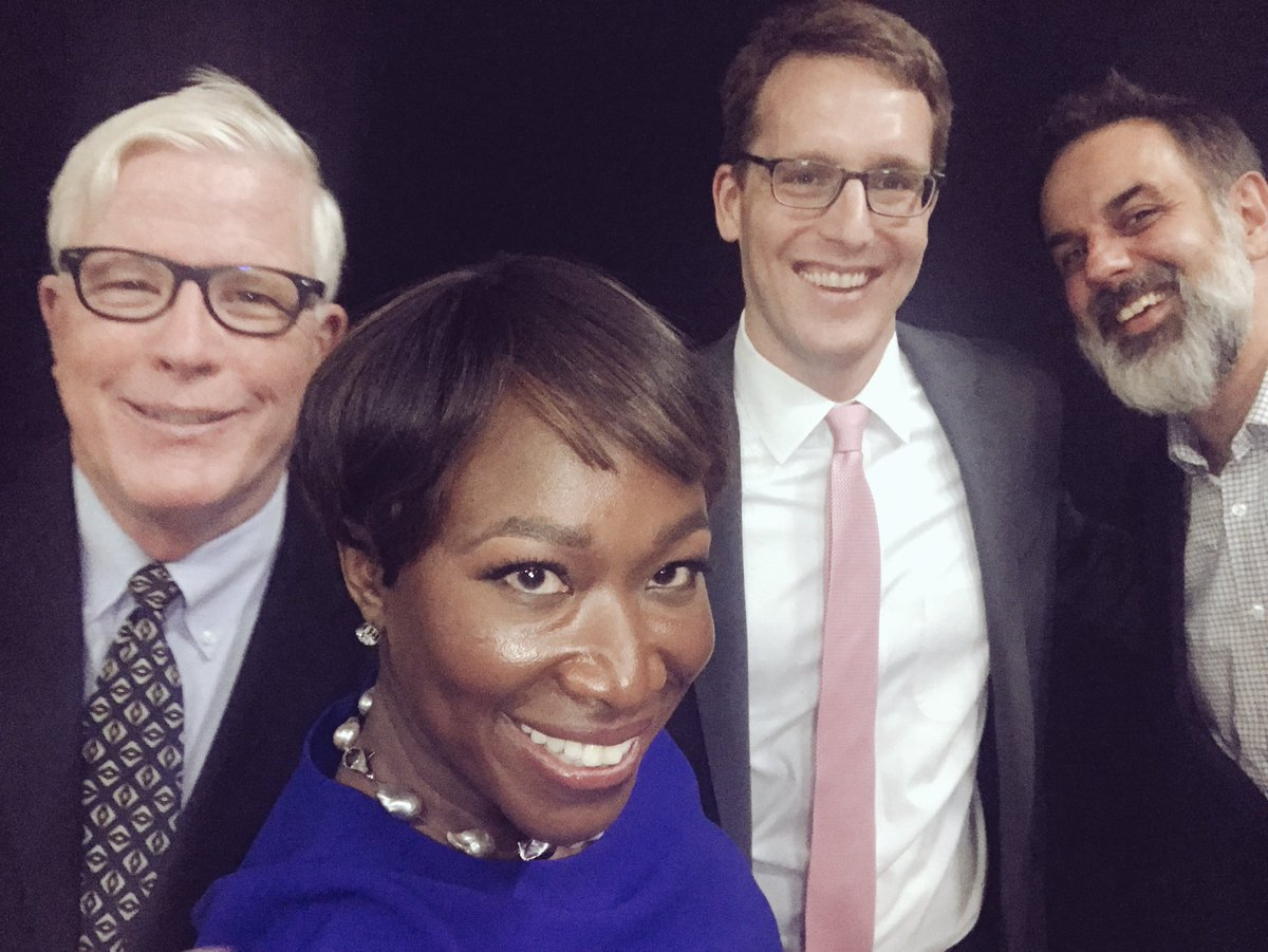 With all the drama tonivht, just now getting to post my thanks to the @CTForum crew and producers and the great panel @Fahrenthold @hughhewitt and our wonderful moderator @johndankosky - great discussion tonight!