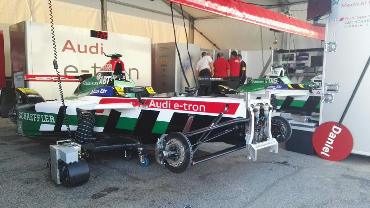 Good morning from Punta del Este, it's race day! Great weather today.  Follow @audiformulae for all of our latest news.  Vote for #Fanboost ->    https://t.co/xN1u8I4e7H  #ABBFormulaE #FormulaE #PuntaDelEsteEPrix#etron#ProgressFeelsElectric#LeagueofPerformance