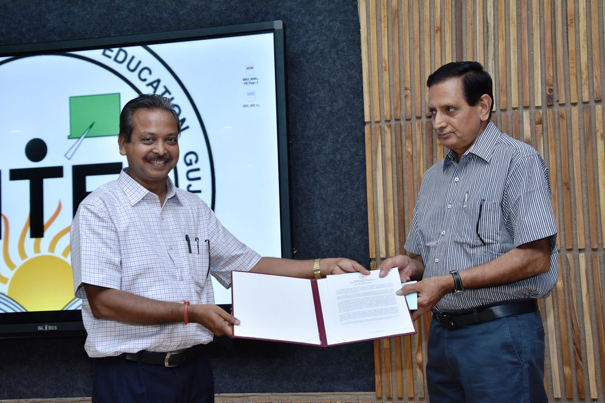 It is a matter of pride that the Indian National Science Academy has conferred the prestigious Indira Gandhi Prize for Science Popularization to Dr Narottam Sahoo, of Science City for 2017. @gcscahmedabad @InfoGujcost @dstGujarat @IndiaDST @VigyanPrasar @SDGaction @narottamsahoo