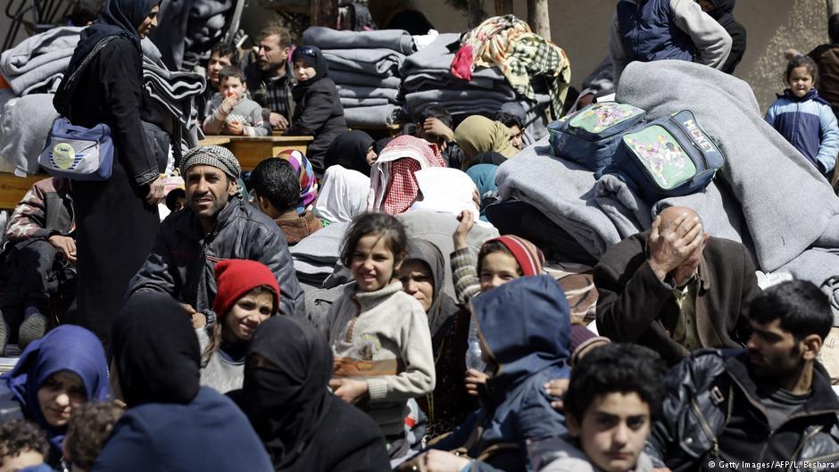 #Afrin und #OstGhuta: Zehntausende auf der Flucht aus der Hölle. https://t.co/6C0dkuQoVF