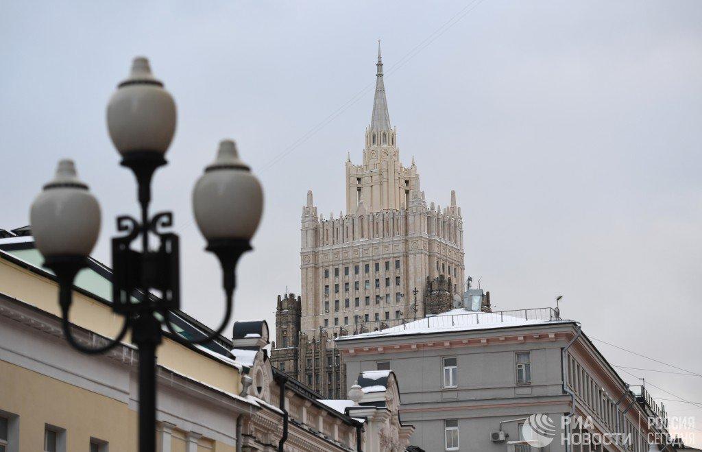 МИД отозвал согласие на открытие генконсульства Британии в Петербурге  https://t.co/J0N18wcBWm