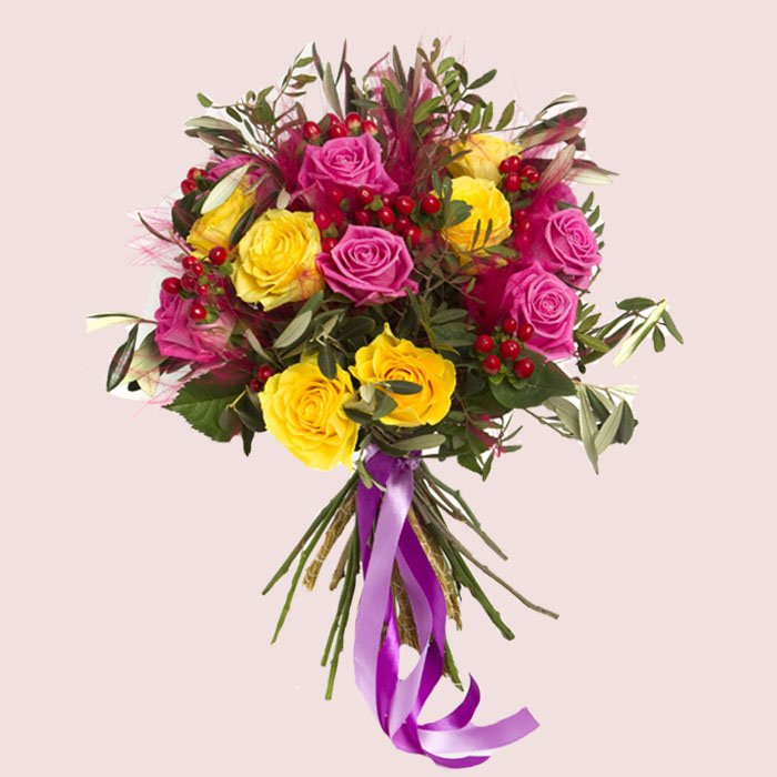 Flowers gift theflowergift twitter we arrange stunning flower bouquets and deliver them throughout the uk flowers flowerbouquetspicitterl7z5mepg5h negle Choice Image