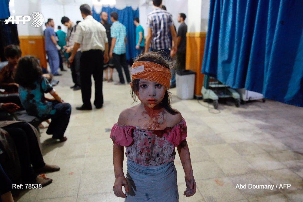 🇸🇾 'Le but n'est pas de choquer ou de faire du sensationnalisme, mais d'informer'  L'AFP revient sur sa couverture de la guerre en Syrie avec Christian Chaise, directeur régional pour le Moyen-Orient & l'Afrique du Nord  (vihttps://t.co/fcj6ayaIZfa )@AFPMakingof