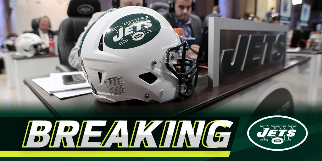 🚨🚨 @NFLDraft TRADE ALERT! 🚨🚨  The @nyjets acquire the No. 3 overall draft pick from the @Colts: on.nfl.com/ox2d9v