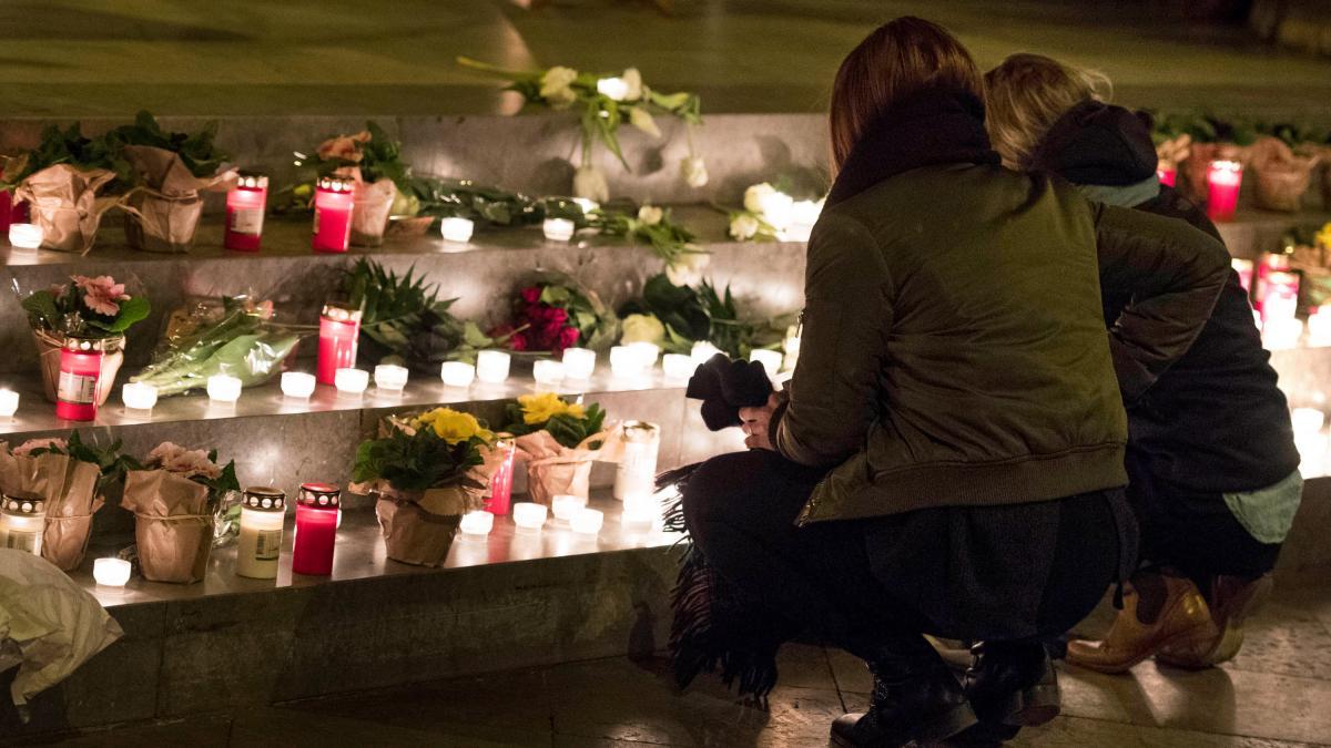 Nach Flensburg: Aufgeheizte Debatte nach Bluttaten von Migranten https://t.co/57UCSO5TwD