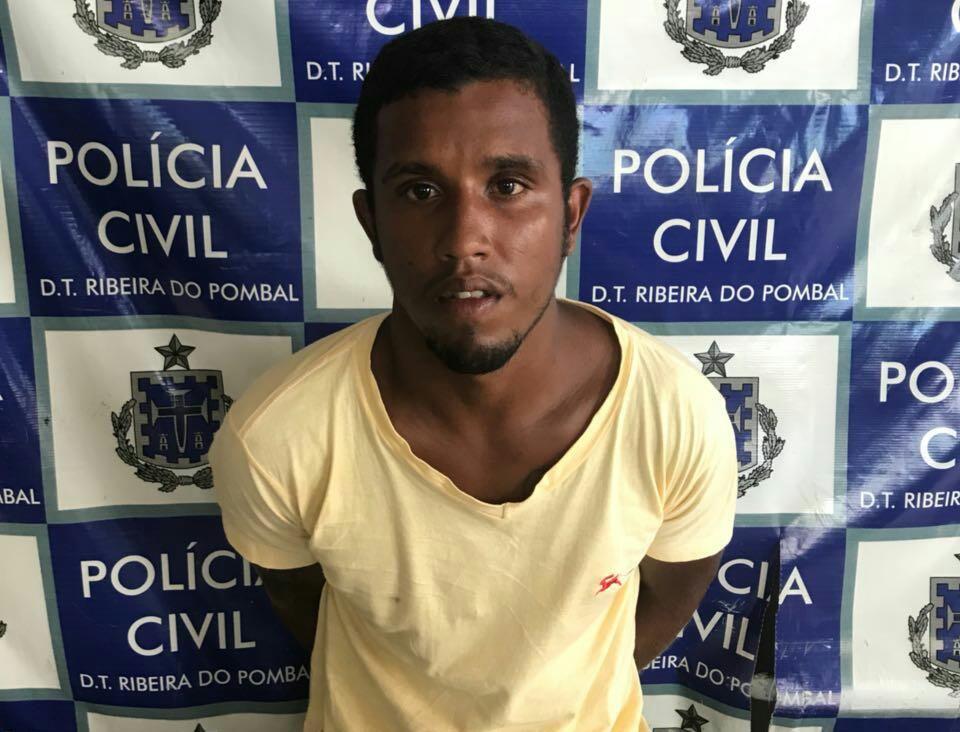 Braço direito de chefe de quadrilha é preso durante operação em Ribeira do Pombal https://t.co/0HNKGRbXWm