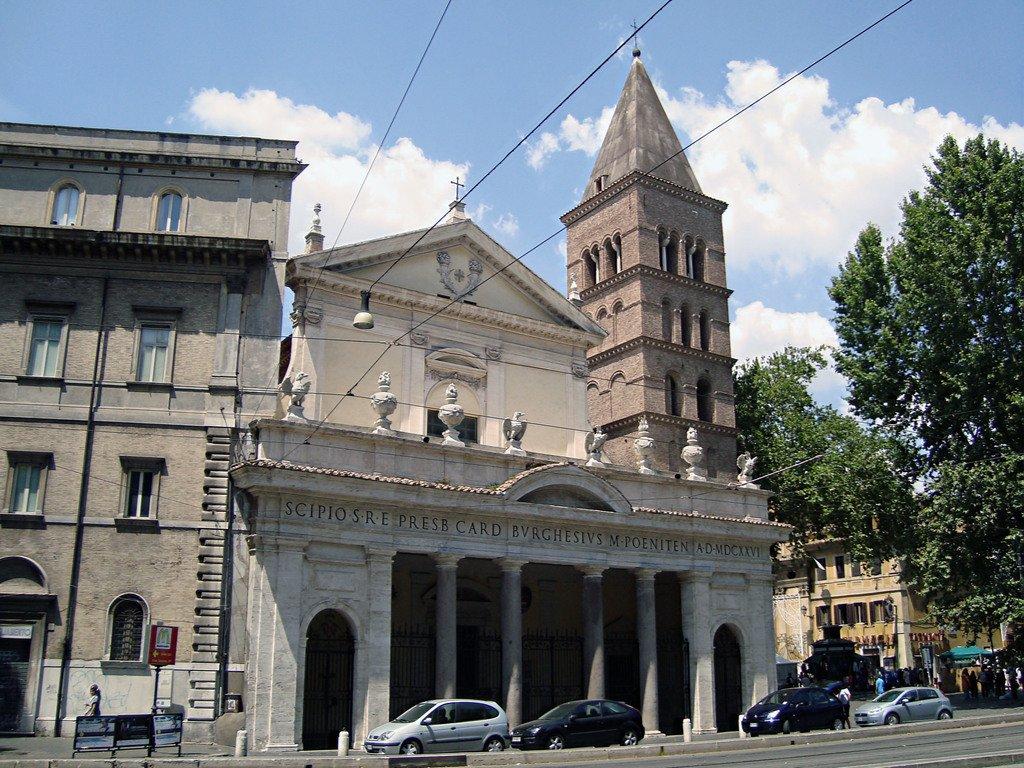 ift.tt/2Iwxy4l La Basilica di San Crisogono a  #Trastevere, cuore di #Roma. Basilica, indubbiamente, dalle mille sorprese... #romeisus #Rome