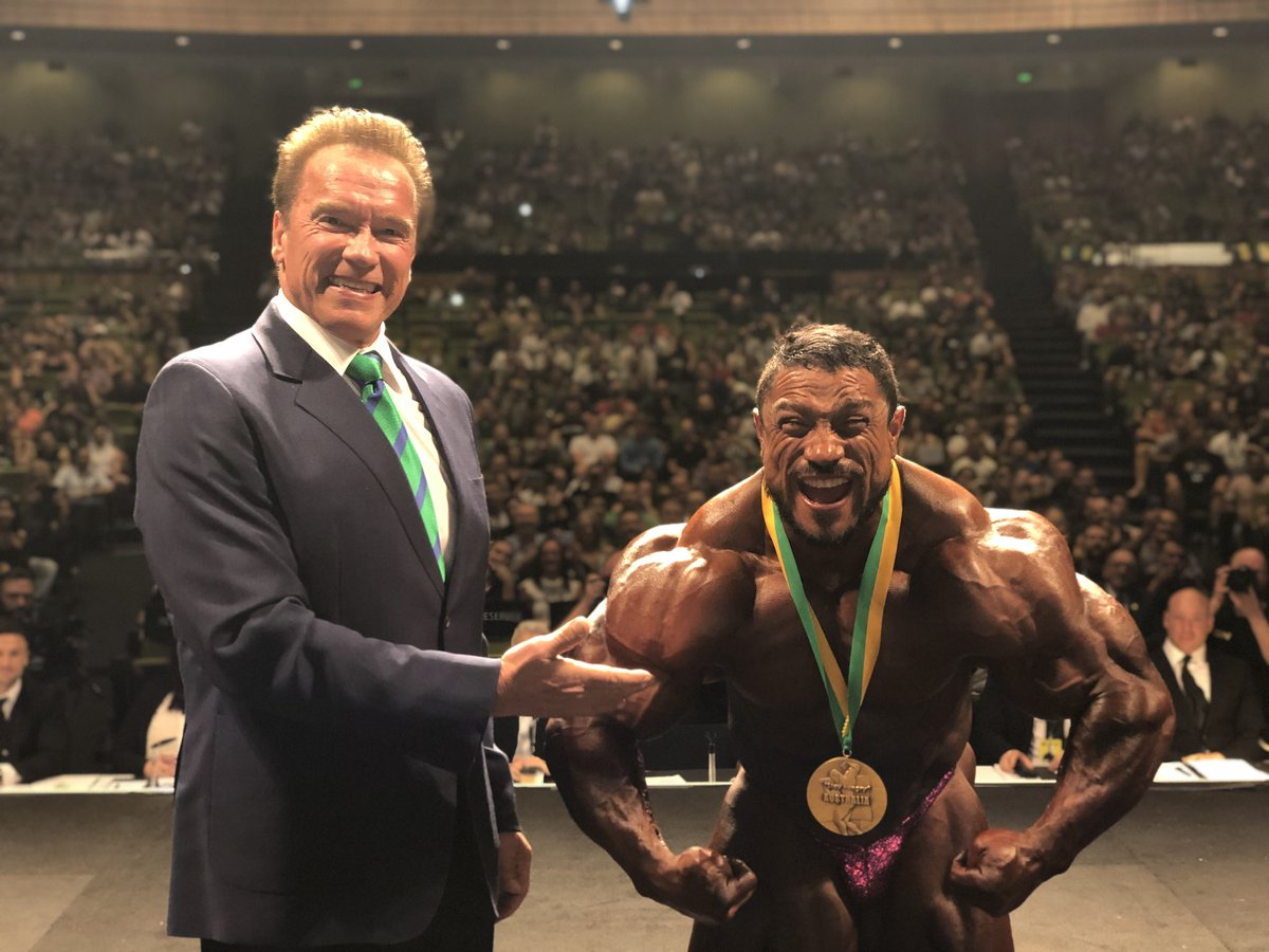 Congratulations Roelly on your first @ArnoldSports victory in Australia. You worked so hard to lose those 20 pounds and you were ripped! No stomach, no fat, great posing. All the mistakes of the past were eliminated.
