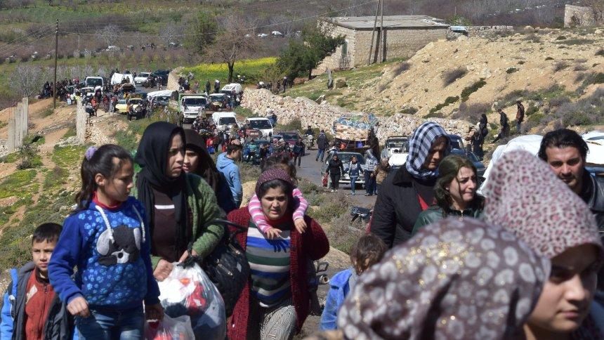 Militäroffensive im nordsyrischen Afrin: Etwa 150.000 Menschen auf der Flucht https://t.co/gYAPP3Ou0v
