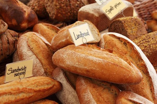 500RT:【条例違反】「週に1日も休まずに営業した罪」フランスのパン屋に罰金 https://t.co/oxCVhplfEB  観光客が多かった昨夏、「パン屋は1週間に1日は店休日を設けなければならない」と定めた地方条例に違反。店主は「観光…