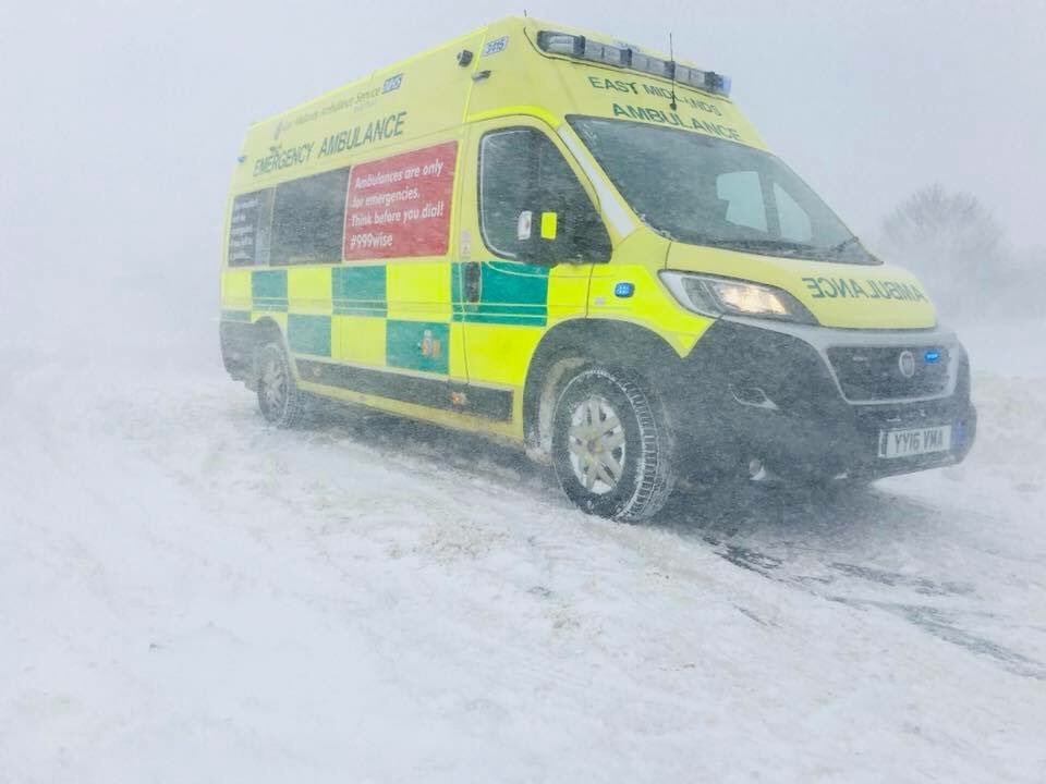 Thank to all of the #NHSsnowHeroes who are going the extra mile during the challenging #uksnow conditions. Share your  stories in recognition of those on duty.