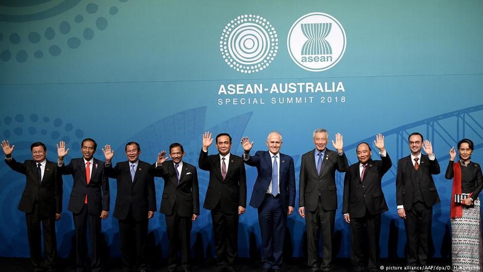 Demonstrations against Aung San Suu Kyi mar @ASEAN summit in Australia https://t.co/kKULjX3hAN