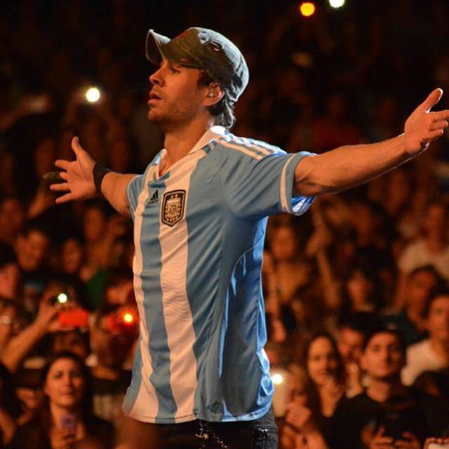 #Argentina 2️⃣1️⃣ días para vernos de nuevo!!!  🇦🇷🇦🇷 #Oslo see you tonight! https://t.co/YfyhIIGvOO https://t.co/8komtNbfur