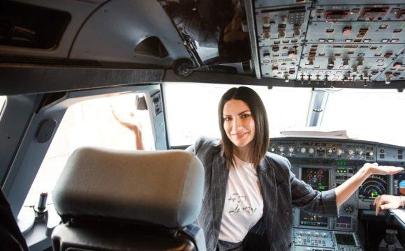 Grande successo per Laura Pausini... Ecc...