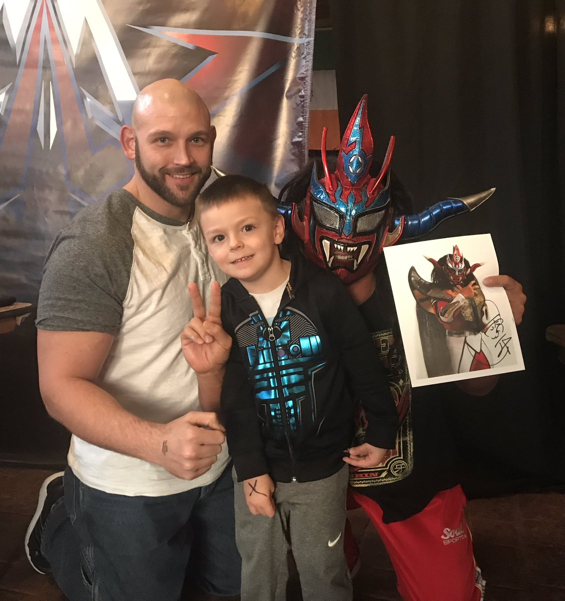 Took my son to meet Justin Liger and a few of my wrestling buddies at @AAWPro last night. Incredible show and more than worth the drive.