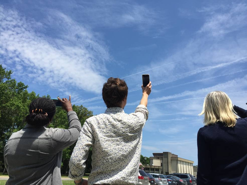 Calling All Cloud Gazers: It's almost spring, the time of year when the looming change in seasons could lead to some pretty fascinating cloud activity in the sky. Take part in a citizen science cloud observation challenge: https://t.co/JBfXkv363I