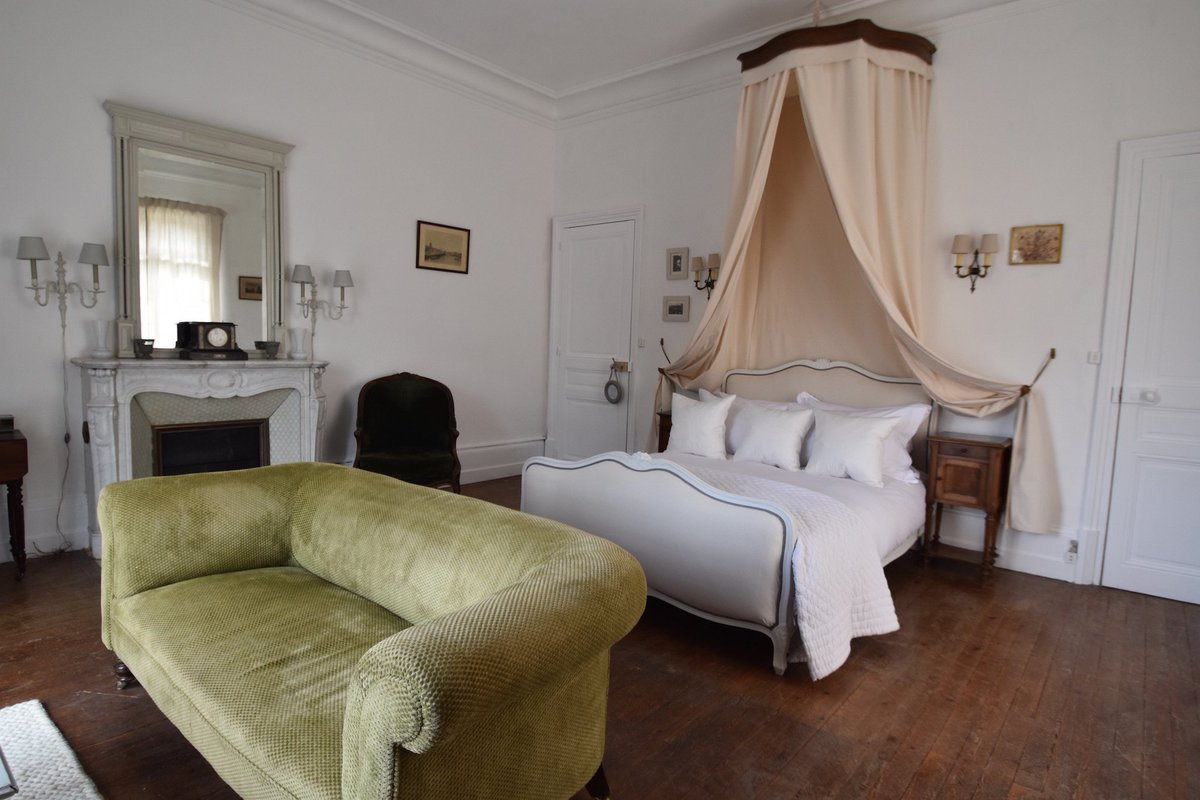 "Interiors Ciel De Lit manoir de plaisance on twitter: ""'chambre christiane' our"