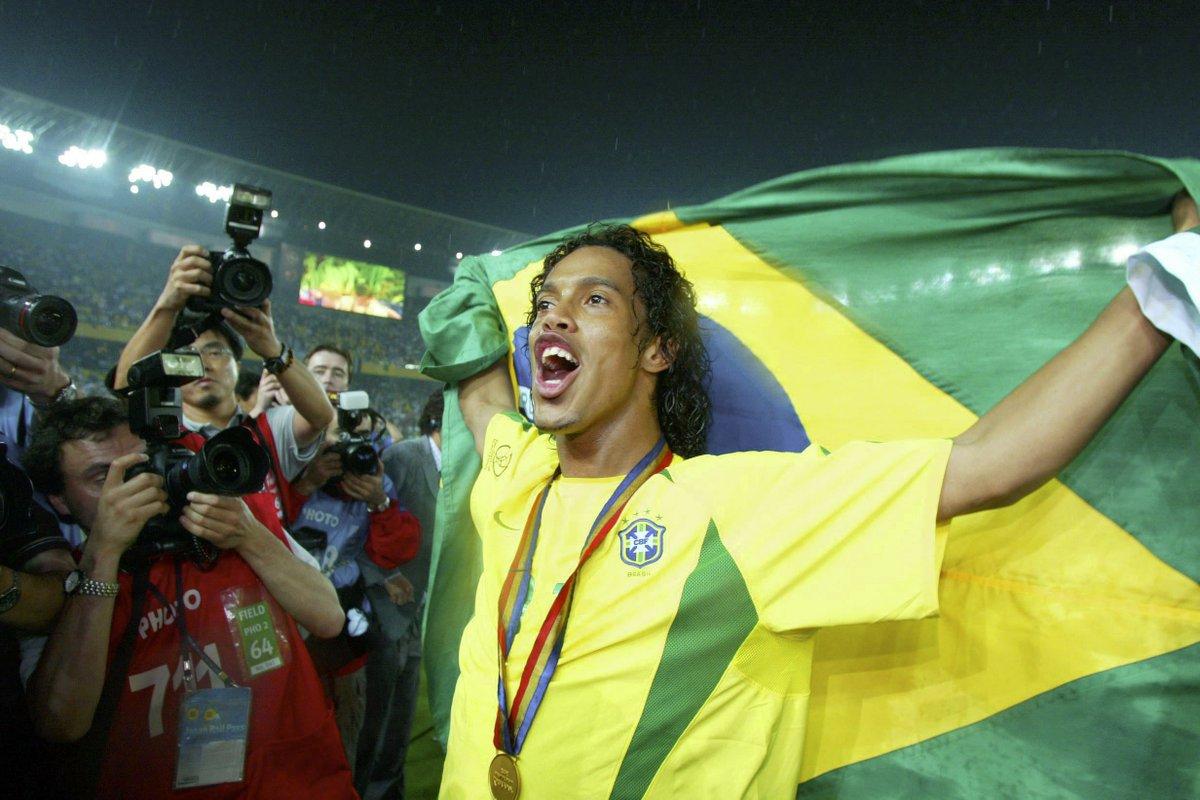 FIFA.com's photo on Football