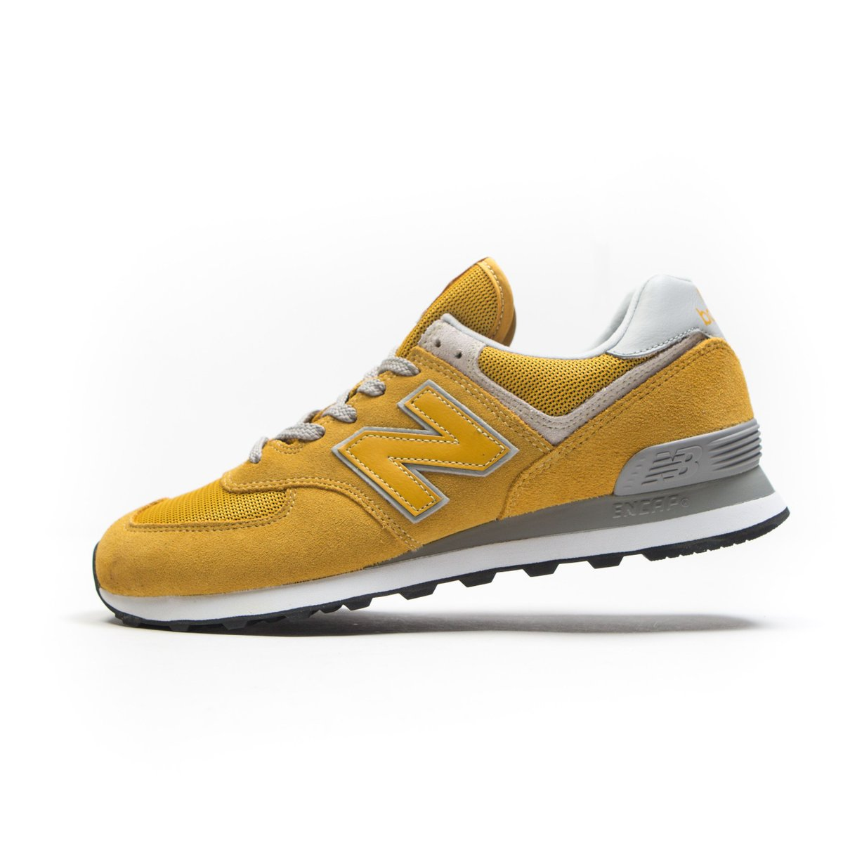 new balance 574 gold and white