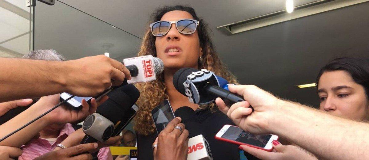 Irmã de Marielle afirma que tomará providências contra difamações e calúnias sobre a vereadora. https://t.co/FGyp0hYrWZ