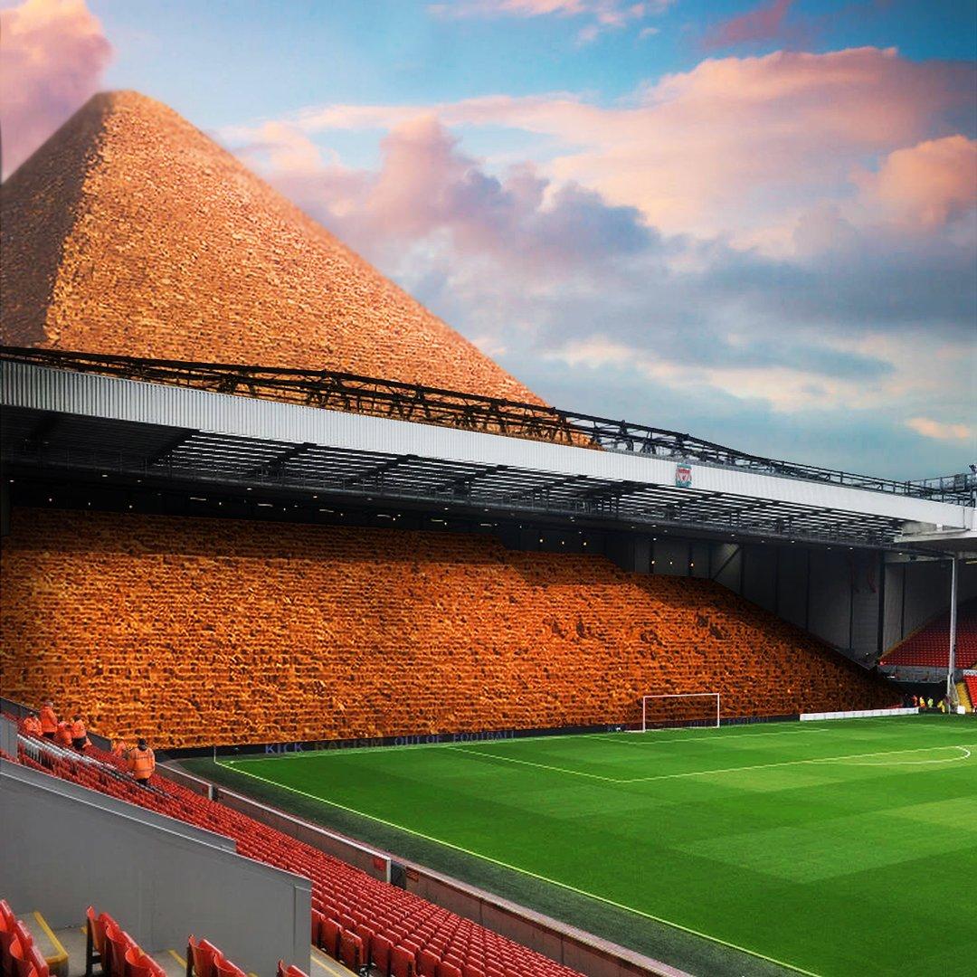 La nouvelle tribune d'Anfield à Liverpool 😍🇪🇬😂 (📸@emiliosansolini)