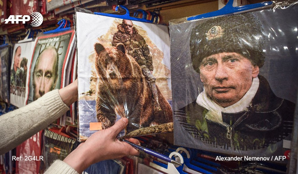 Putin, odiado en Occidente y adorado en Rusia #AFP https://t.co/OVhRc3S7qx