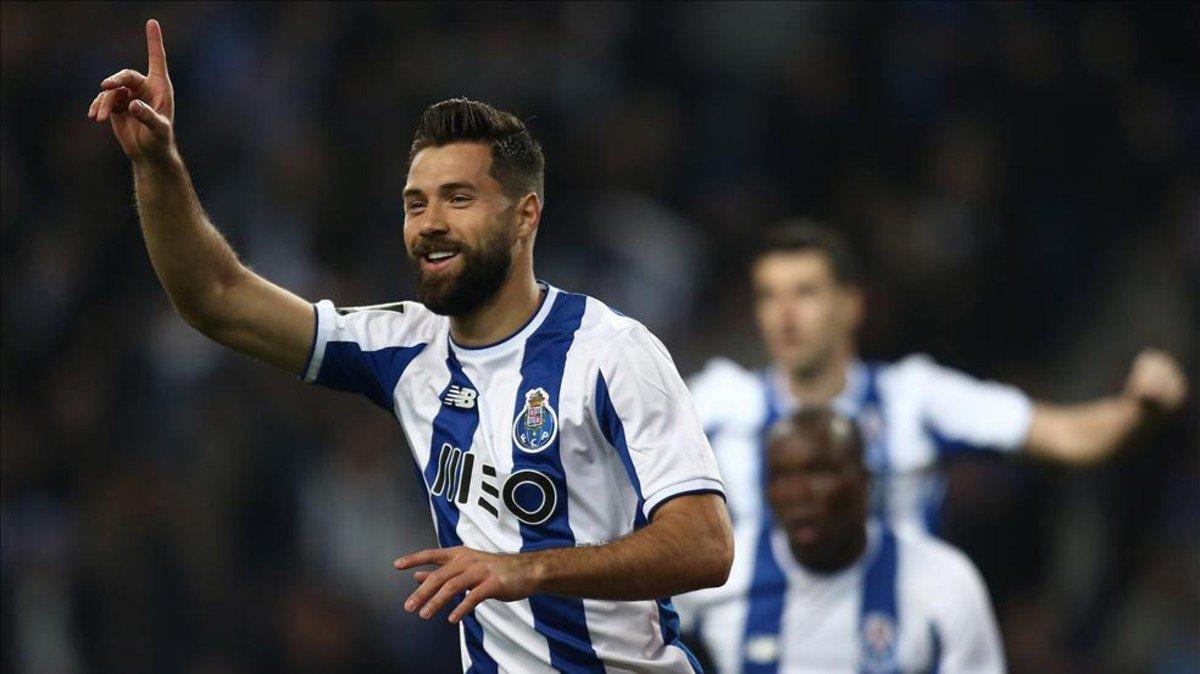 #LigaNos | El Porto no cede un milímetro...